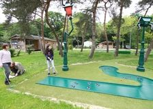 Mini golf Nantes - Golf 15 trous Loire-Atlantique - Nantes camping