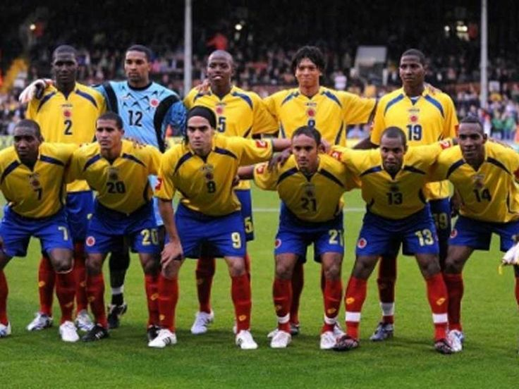 OFF COURSE I LOVE SOCCER. WITH THE COLOMBIAN SOCCER TEAM HAVE ENOUGH EXCITEMENT.
