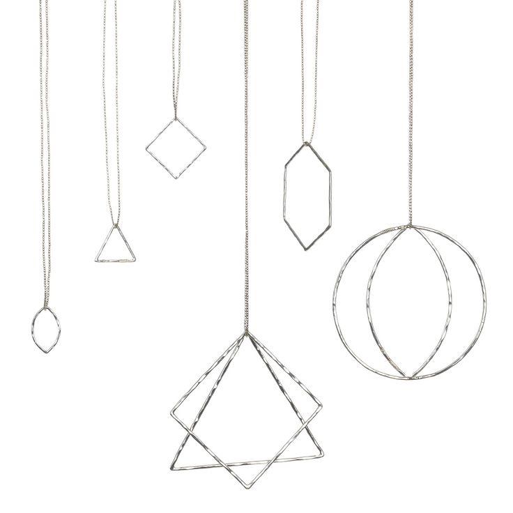 Handgefertigte Silberanhänger aus Mexiko und Silberketten der thailändischen Karen Bevölkerung  Klein: ca. 2cm Durchmesser Groß: ca. 4 cm Durchmesser aus 925er recyceltem Silber  Wir empfehlen eine 70 cm oder 85 cm lange Kette!