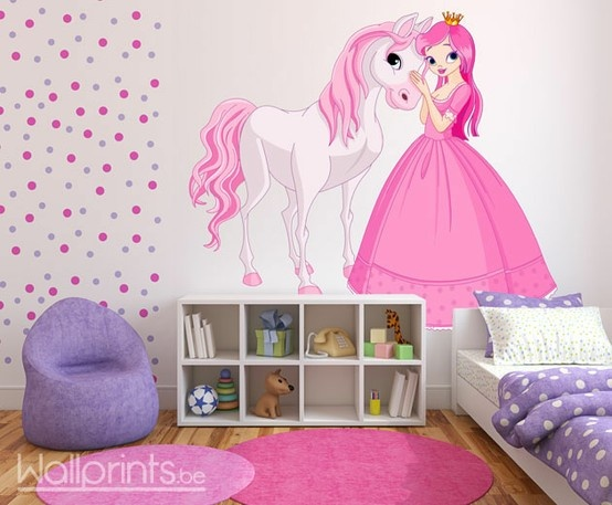 Papier peint photo avec une princesse et un petit cheval pour une