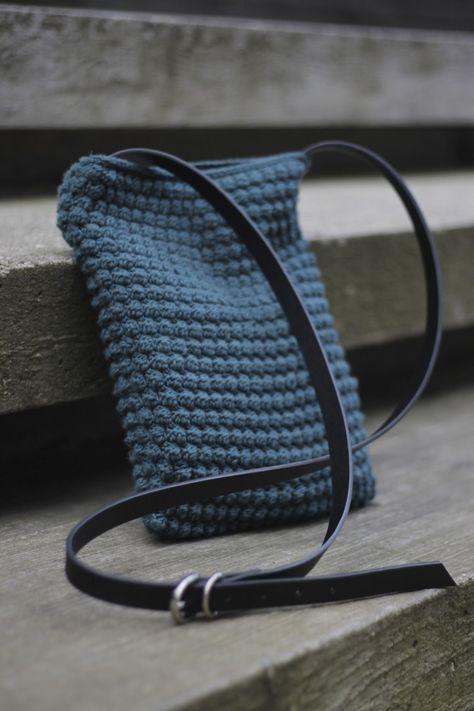 iPad boble taske med læderrem.