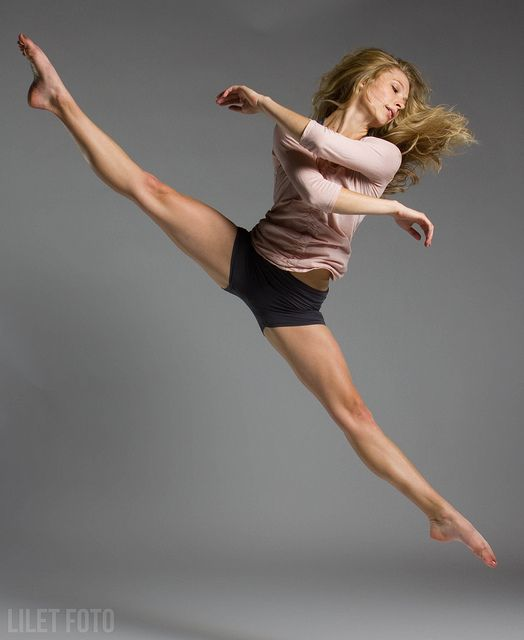 beautiful #dance #photography ♥ Wonderful! www.thewonderfulworldofdance.com