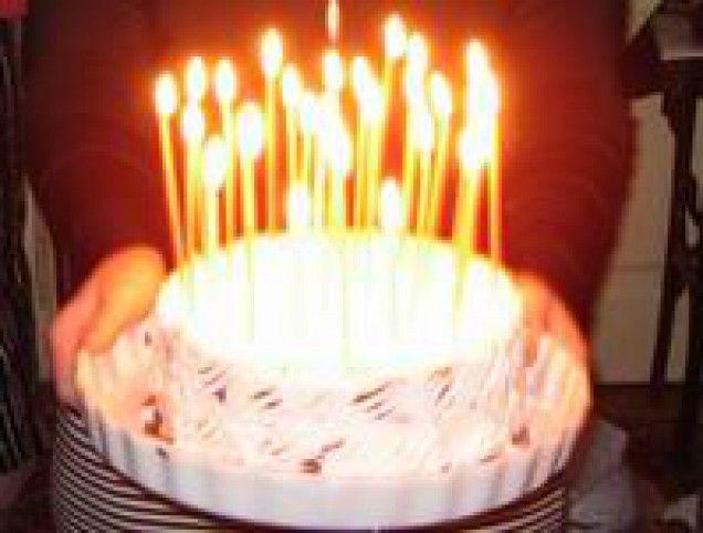 http://www.mindmegette.hu/Nagy izgalomban teltek az elmúlt napok, ugyanis kedvesemnek, Ká-nak születésnapja volt. Hetek óta tervezgettem a svédasztalos ünnepi menüt, míg végül elérkezett a nagy nap. Az ajándékokat már hetekkel korábban megvettem, így csak a főzés volt hátra.