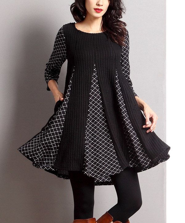 This Black Mixed Media-Inset Swing Tunic is a fun look with leggings!!