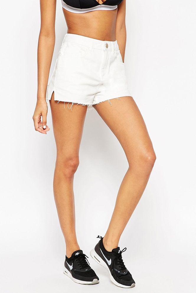 Denim Side Split Shorts in White 01465 Price: US$ 13.8 + Free Shipping  #sidesplit #whiteshorts