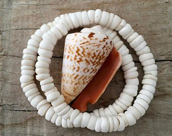 Puka schelp armband, zeemeermin sieraden, strand armband, beachcomber sieraden