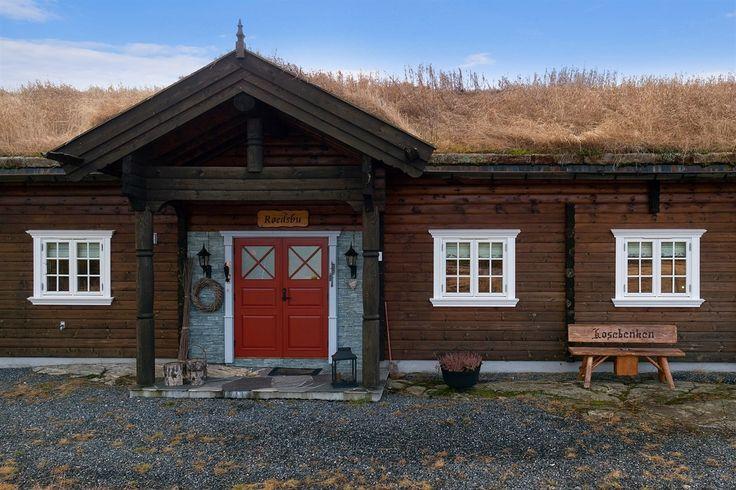 FINN – Blefjell/Gampeflå - Eksklusiv, svært påkostet og nyere maskinlaftet tømmerhytte på solrik naturtomt - 16 sengeplasser -