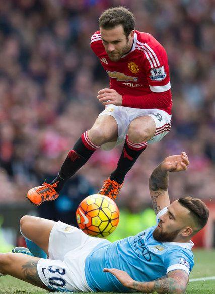 manchester united derby score