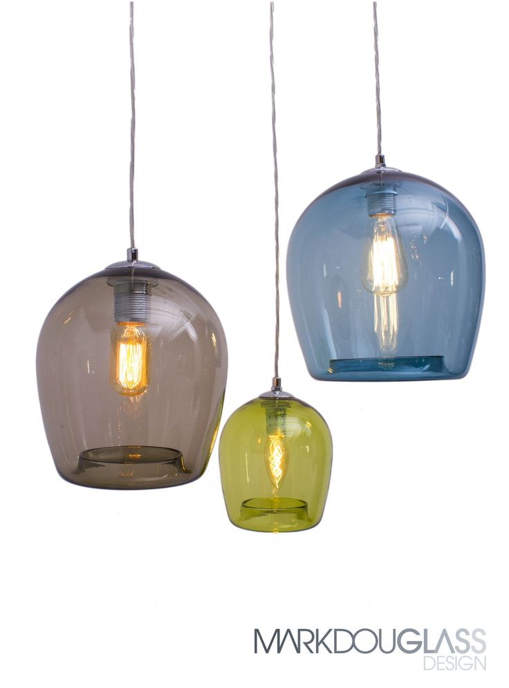 Ivy is a hand blown round sphere with straight sides and a rolled return opening. Available in 3 different sizes and 12 colours. Looks great above a kitchen bench or dining table.