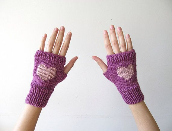 Knit Fingerless Gloves in Dark Lilac Pinkish by naryaboutique