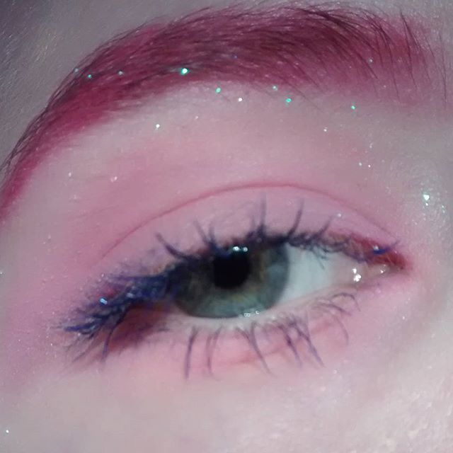 ((This is gonna just turn into a board of eye shadow, but IDC))