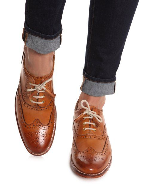 Oxfords - I got me a shiny black patent leather ones - very nice for Spring and rolled up jeans with light cardi.