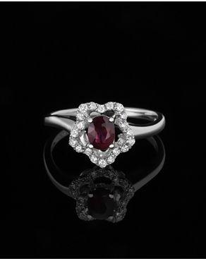 Δαχτυλίδι λευκόχρυσο με Διαμάντια & Ρουμπίνι