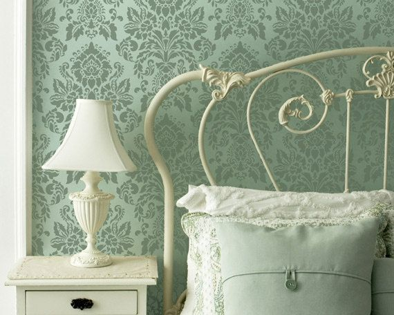 Wall Stencil Antoinette Damask Allover di royaldesignstencils