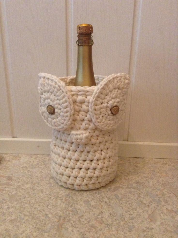 Virkattu pöllö. Syntymäpäivä lahja ystävälle. Oikeapuolimmainen silmä virkattua vasenkätisesti.