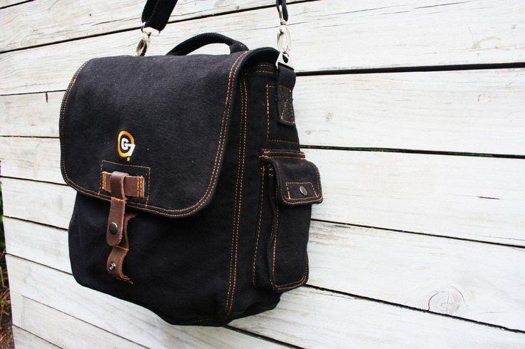 G7utility.com canvas & leather WW11 Messenger-bag (large) - Black