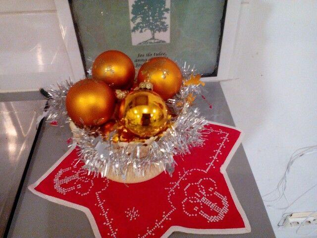 Joulun värejä ja muotoja