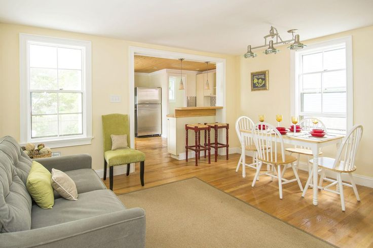 This comprehensive home staging checklist will help you make your home look its best when you're selling. Staging a home for sale? Get tips at HouseLogic.