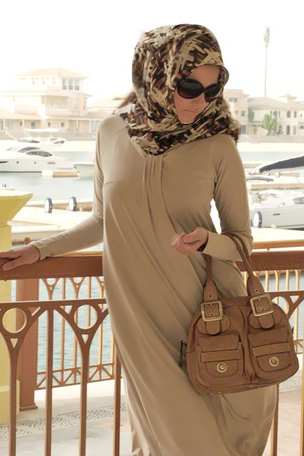 forget me knot abaya