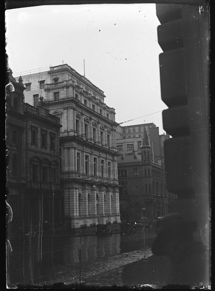☔Look what we found! Our beautiful building on a rainy day some time between 1929-1935. Looking suave, Melbourne.