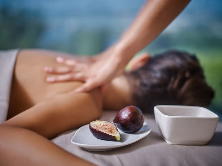Locally-inspired treatment with figs at Six Senses Spa Douro Valley, Portugal    http://www.sixsenses.com/resorts/douro-valley/spa