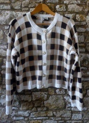 Kup mój przedmiot na #vintedpl http://www.vinted.pl/damska-odziez/swetry-z-dzianiny/5714017-sweter-vintage-kratka-zlote-guziki