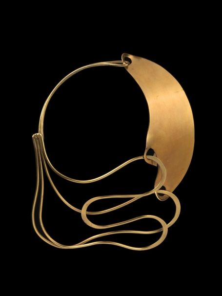 Arthur Smith, Neckpiece, 1948, brass, forged, assembled. Museum of Arts and Design collection.