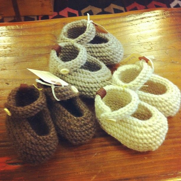 The most darling booties made locally by the talented Nellijah Zi! 100% peruvian wool and 100% adorable!