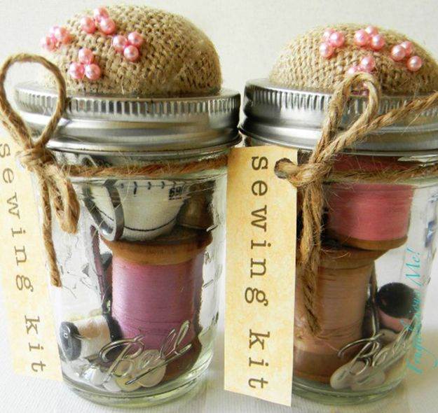 Mason Jar Sewing Kit Projects | Best Mason Jar Crafts and DIY Gift Ideas http://diyready.com/mason-jar-crafts-cool-projects-with-mason-jars/