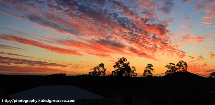 Sky - the greatest canvass http://photography.ktdesignsuccess.com/beauty-in-suburbia/