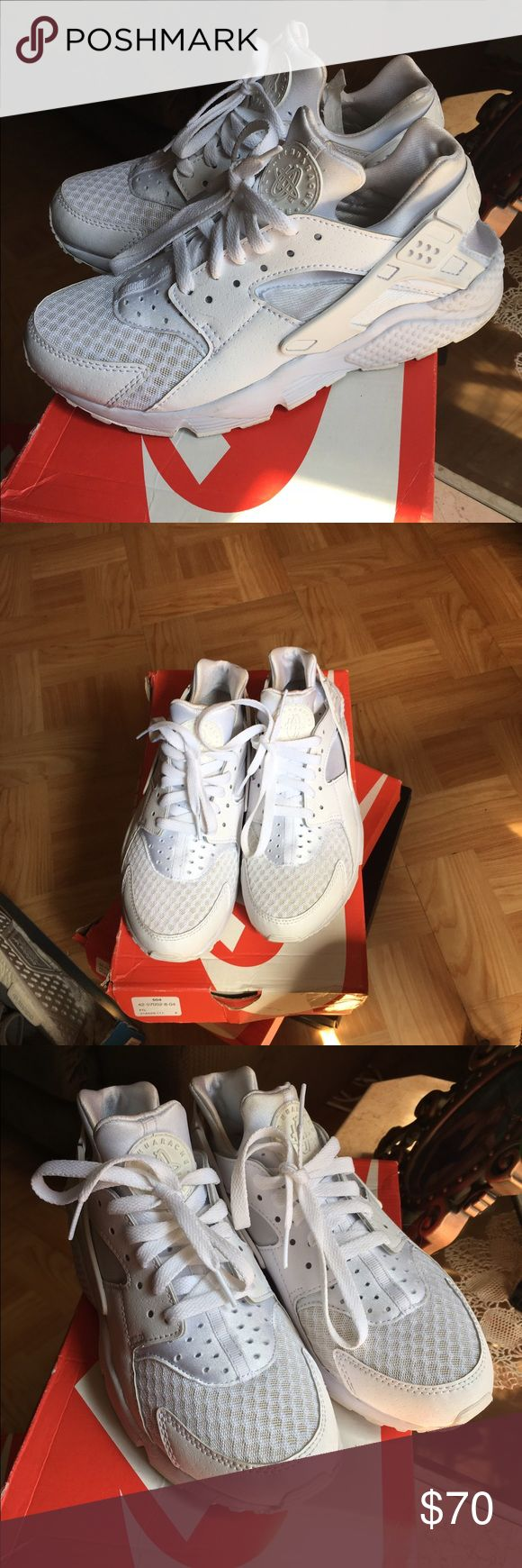 All White Nike huaraches sneakers Only been worn once , size: 7Y is a 8.5 or 9 in women /no flaws , comes with the box Nike Shoes Sneakers