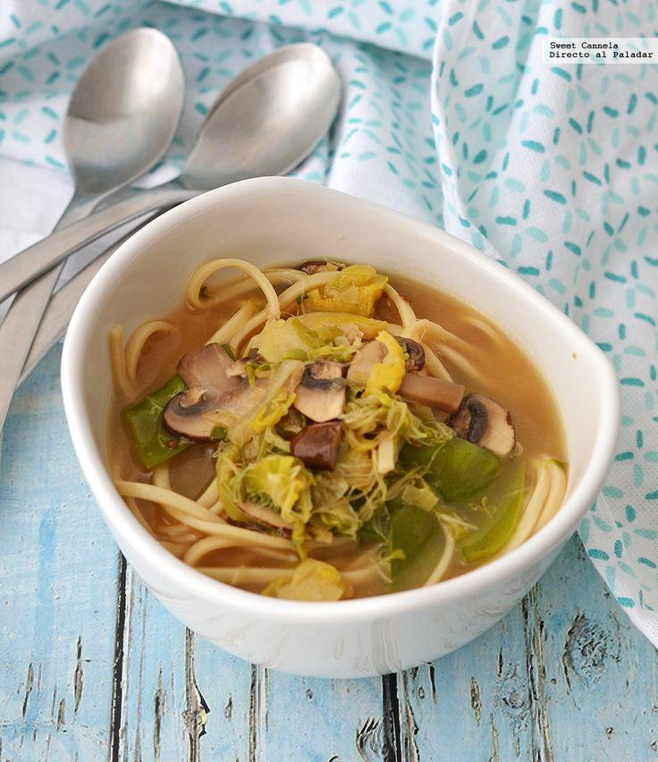 El 28 de enero se celebra el Año Nuevo Chino, y para celebrar puedes preparar una rica sopa de tallarines con verduras. Con fotos del paso al paso, y consejo...