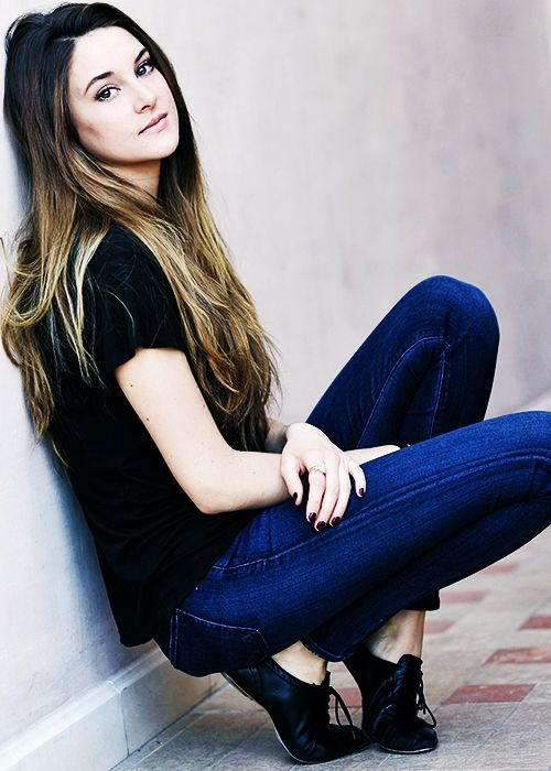 let's just say i am a little too excited for her to be playing Tris in the Divergent movies <3