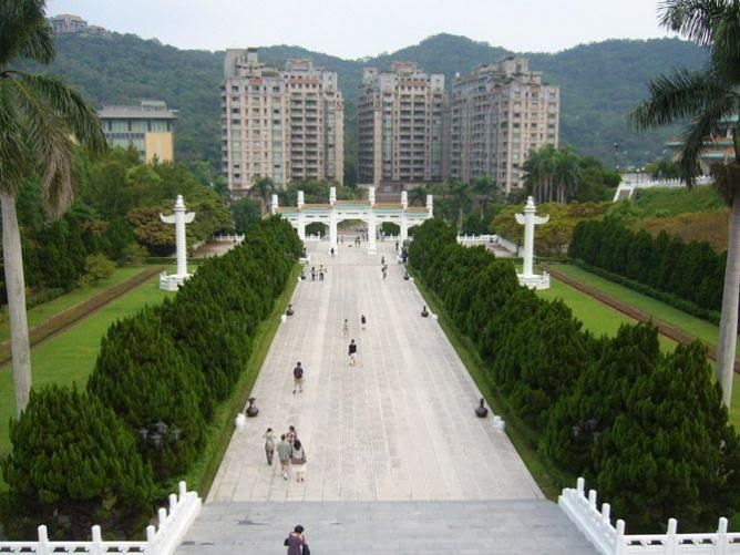 TAIWAN // National Palace Museum | © Caitriana Nicholson/Flickr // http://theculturetrip.com/asia/taiwan/articles/the-dramatic-story-of-chinese-art-at-taipei-s-national-palace-museum/