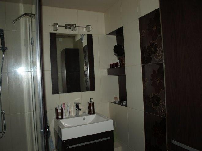 F4 bathroom cabinet Antado
