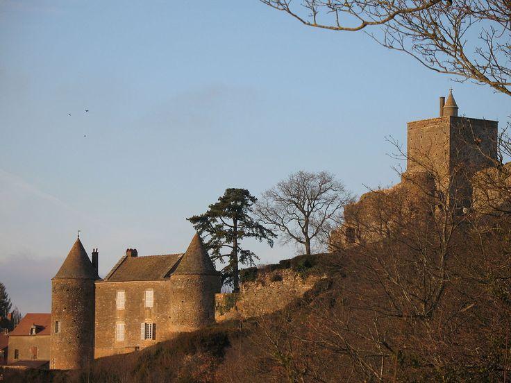 Château de Brancion (71) - 1 - Château de Brancion — Wikipédia