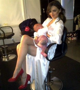 Oh to look this good while breastfeeding : ) Well done Miranda Kerr