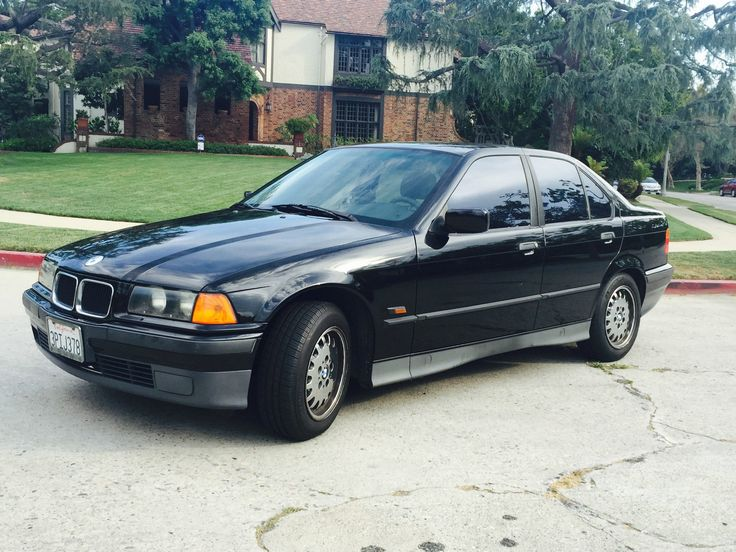 Car brand auctioned:BMW: 3-Series 318i Automatic Sport Low Miles Fantastic 1995 BMW 318i NO RESERVE Only 113k Miles Automatic Excellent Reliable View http://auctioncars.online/product/car-brand-auctionedbmw-3-series-318i-automatic-sport-low-miles-fantastic-1995-bmw-318i-no-reserve-only-113k-miles-automatic-excellent-reliable/