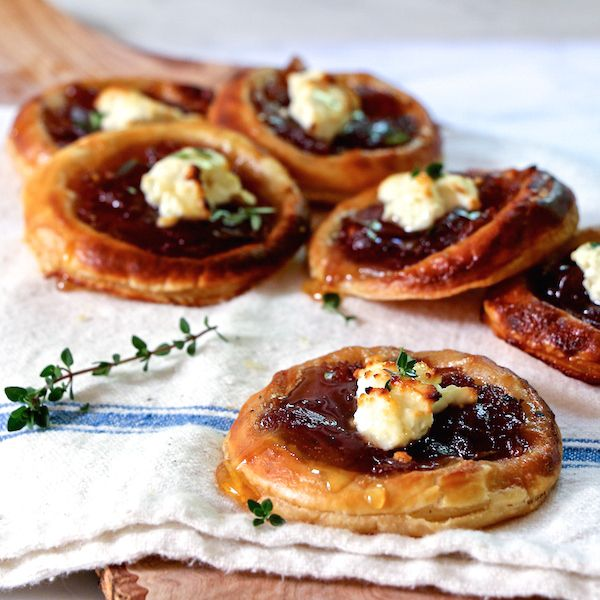 Caramelized onion and feta tartlets drizzled with honey, and a tip for making them for a last minute appetizer!