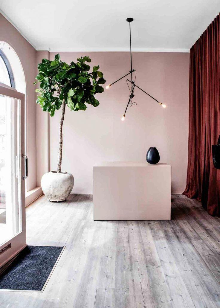 Pin Von Ramona Rahman Auf Ladeninneneinrichtung In 2020 Wohnzimmer Braun Parkett Grau Wandfarbe Wohnzimmer