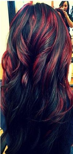 Red Highlighted Long Black Wavy Hairstyle