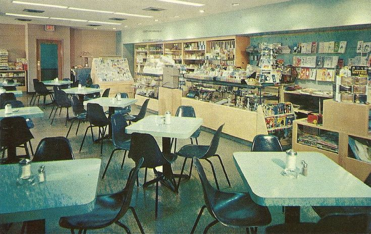 1960    Gift and Coffee Shop  University of Rochester Medical Center  Strong Memorial Hospital  Rochester, New York  Made by: Colourpicture Publishers,
