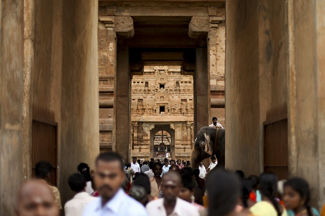 """TANJORE (Tamil Nadu) and its """"Big"""" Chola temple. Maybe the most beautiful temple we've seen in India."""