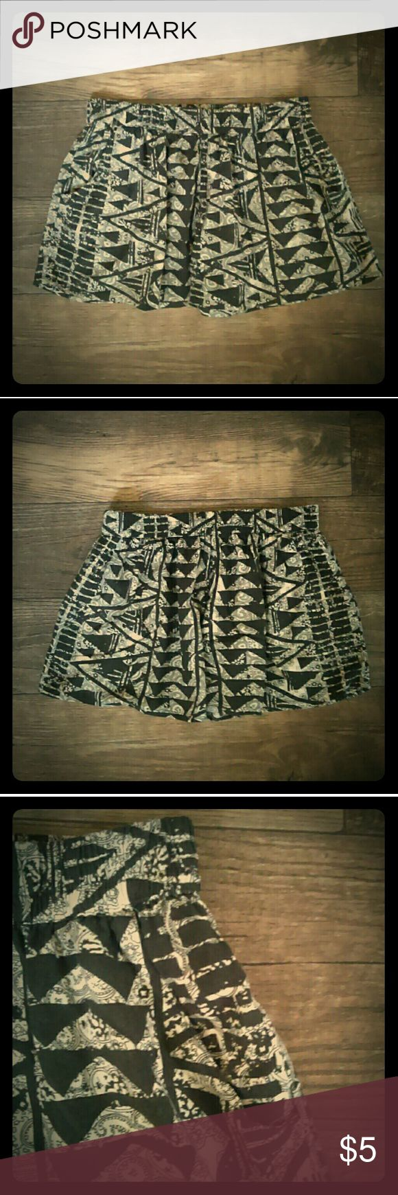 Black and cream shorts Black and cream design shorts. Flowy material. On great condition. Mossimo Supply Co. Shorts