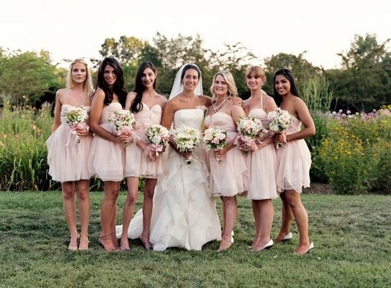 Light pink bridesmaid dresses and white flowers, yes please ...