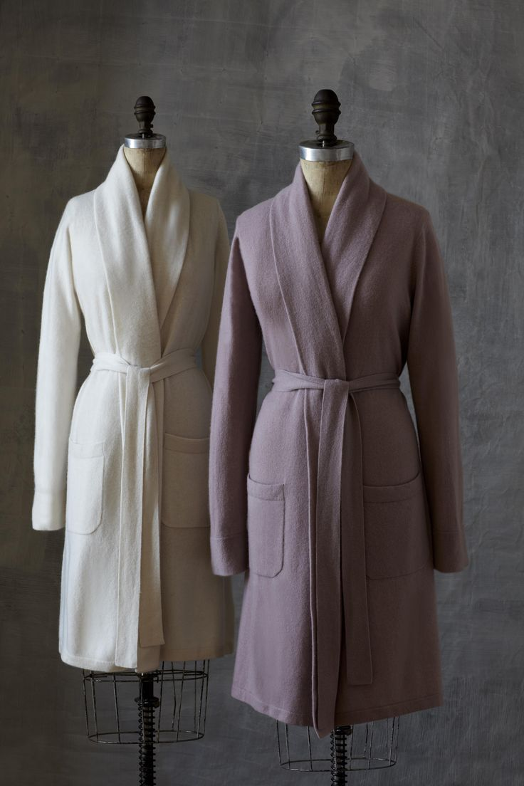You deserve to indulge. Our pure cashmere Nadia robe is not just the softest light-weight robe you'll find, but it's also the most flattering. It's cut to the knee and designed with an oversized shawl collar. You'll want to wear it everywhere!