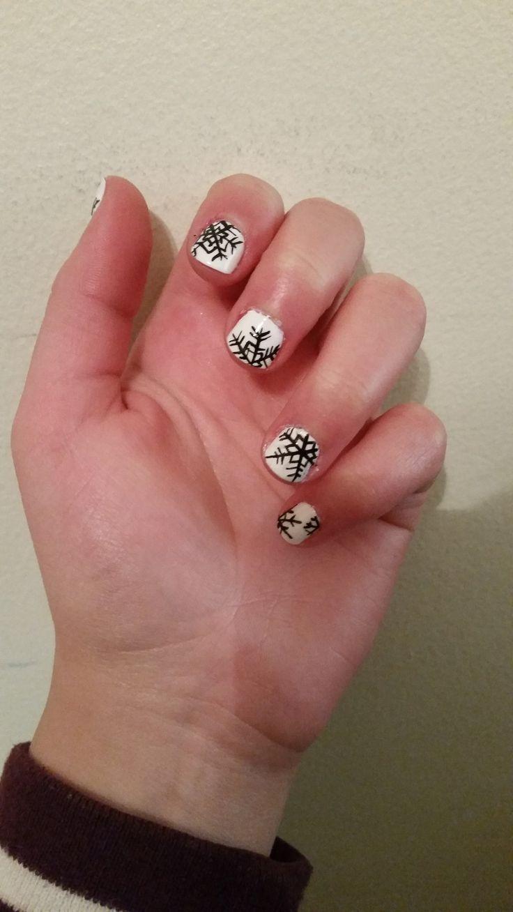 Nail Inspiration: White Winter Nails By NataliaMatusz On