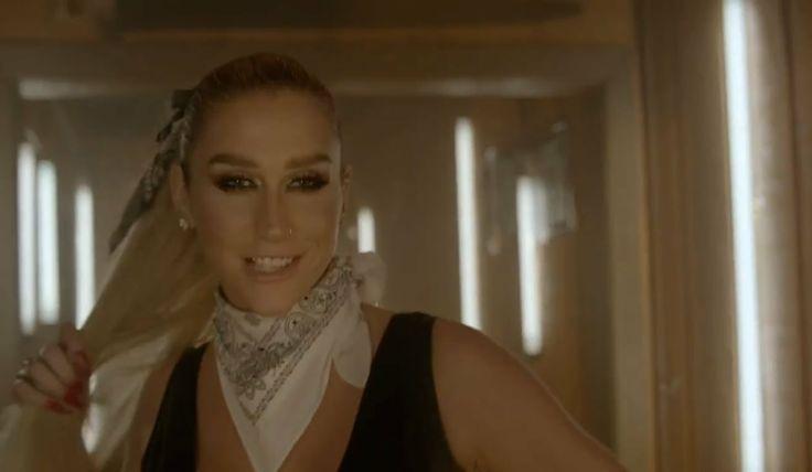 Pitbull ft. Kesha - Timber (Official Video) (Legendado) [Lyrics on Scree...