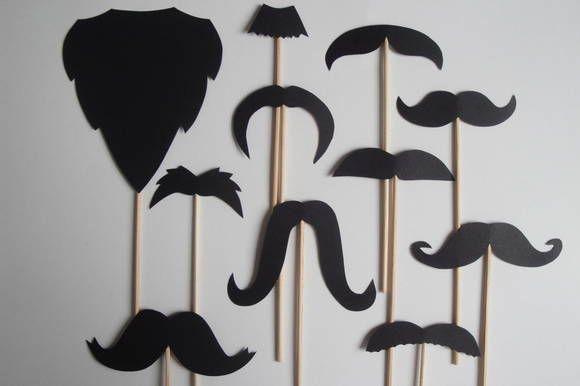 **** Kit com 10 modelos diferenciados de bigodes + 1 barba*****  Confeccionados em papel 180 g.  Perfeito para:   Usar em cabine de fotos  Festa 15 anos  Casamentos  Aniversários  Qualquer tipo de ocasião!!!  Use sua imaginação!!!!  Fazemos outras cores. Consulte-nos R$ 25,00