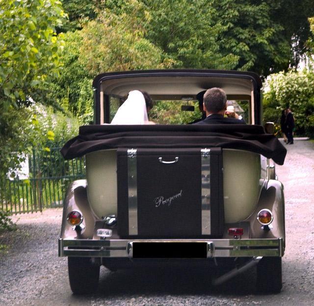 Regent Wedding Car Hire http://www.kpcd.ie/wedding-cars.html and http://www.kpcd.ie